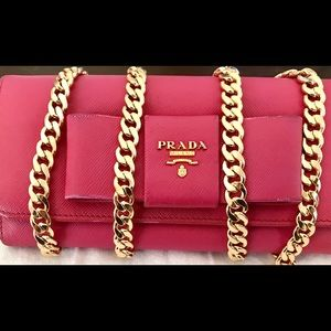Handbags - Prada wallet on chain